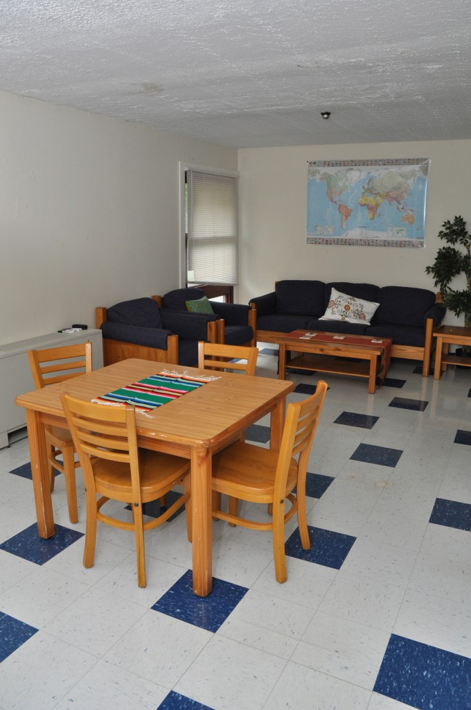 Student Living Room Decor: Global Student Residence - Housing Selection