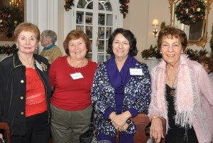 Retired faculty and staff enjoy time together as they are hosted by President Mercer at the Havemeyer House 3
