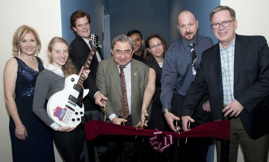 Ramapo College Officially Dedicates the Les Paul Music Studio